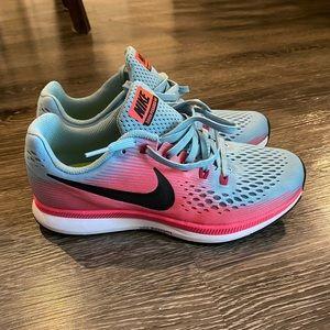 NEVER WORN Women's Nike Zoom Pegasus 34